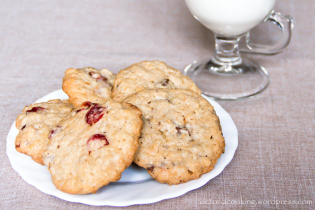 08 - Печенье с кусочками шоколада и овсяными хлопьями
