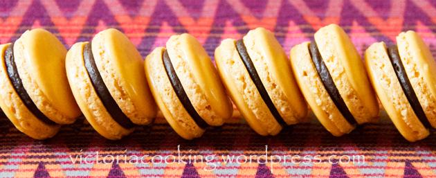 07 - Шоколадно-банановые макаронс