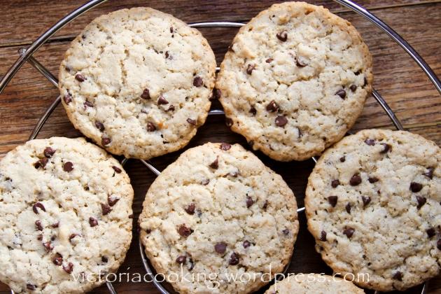02 - Печенье с кусочками шоколада и овсянкой